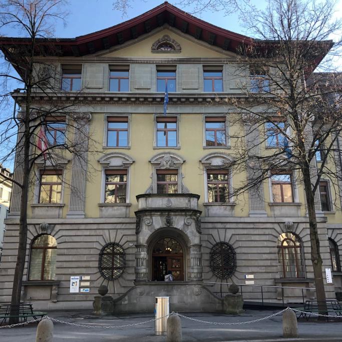 "Stadthaus"""