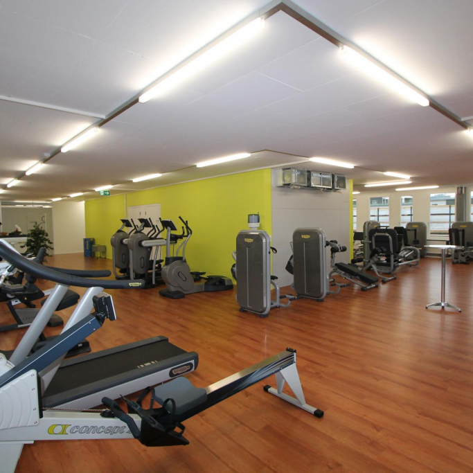 "Fitnessstudio"""